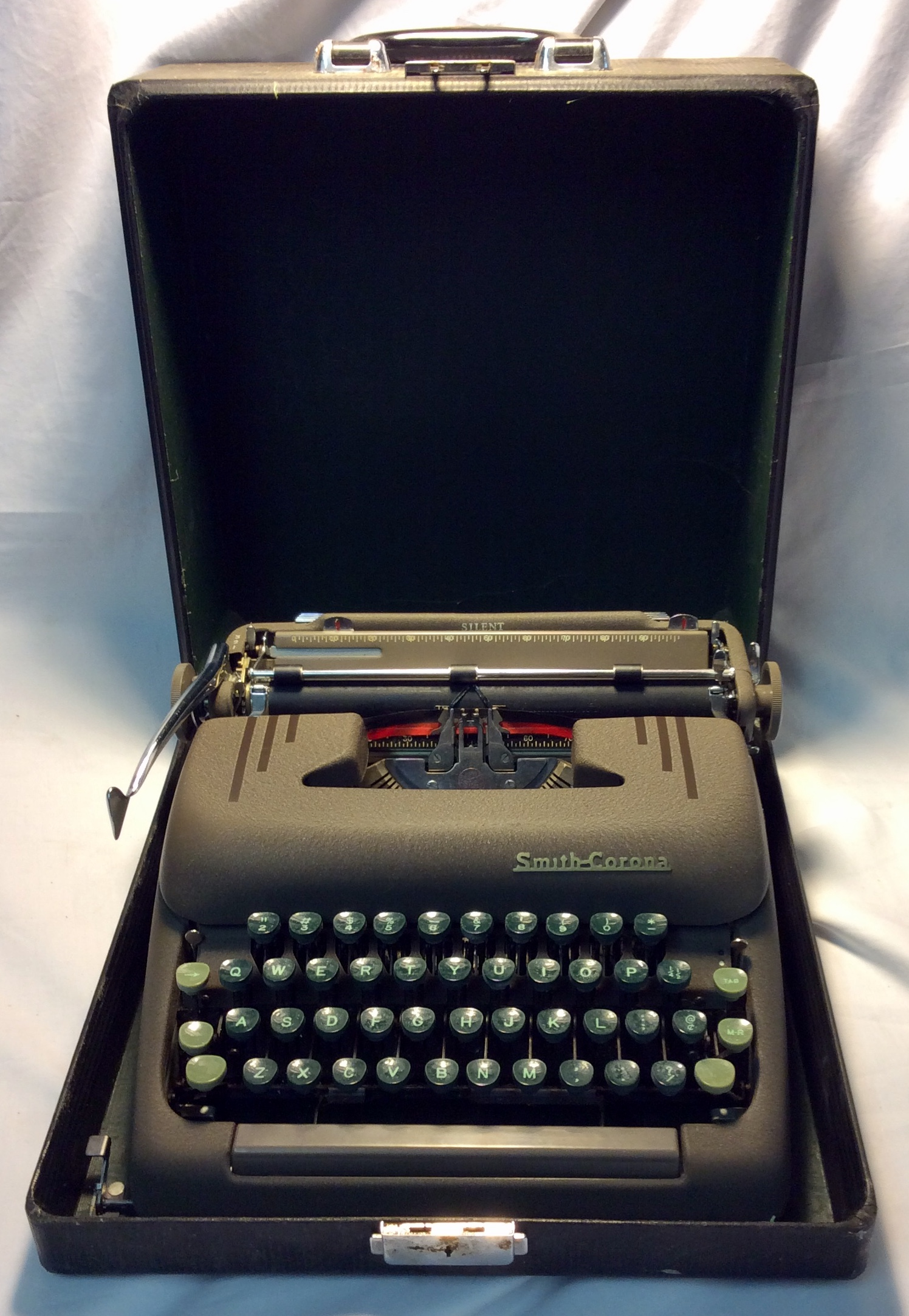 Smith-Corona beige typewriter