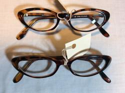 Brown oval rimmed glasses