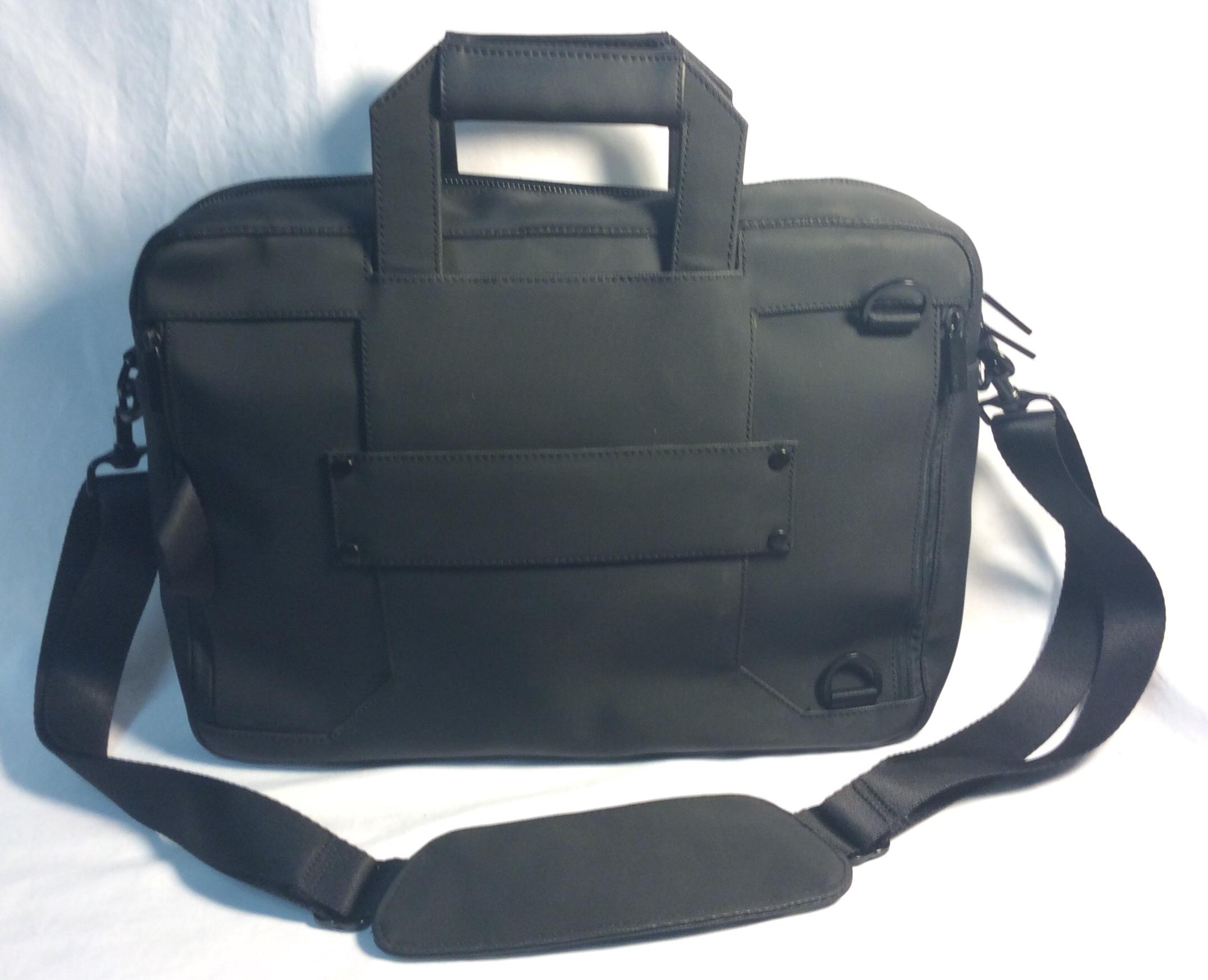 Black Nylon heavy-duty Venque  laptop/shoulder bag