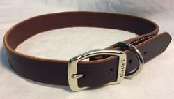 Dog collar leather with purple tinge