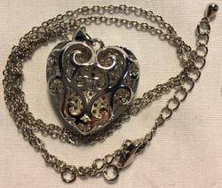 Medium Silver Heart Pendant