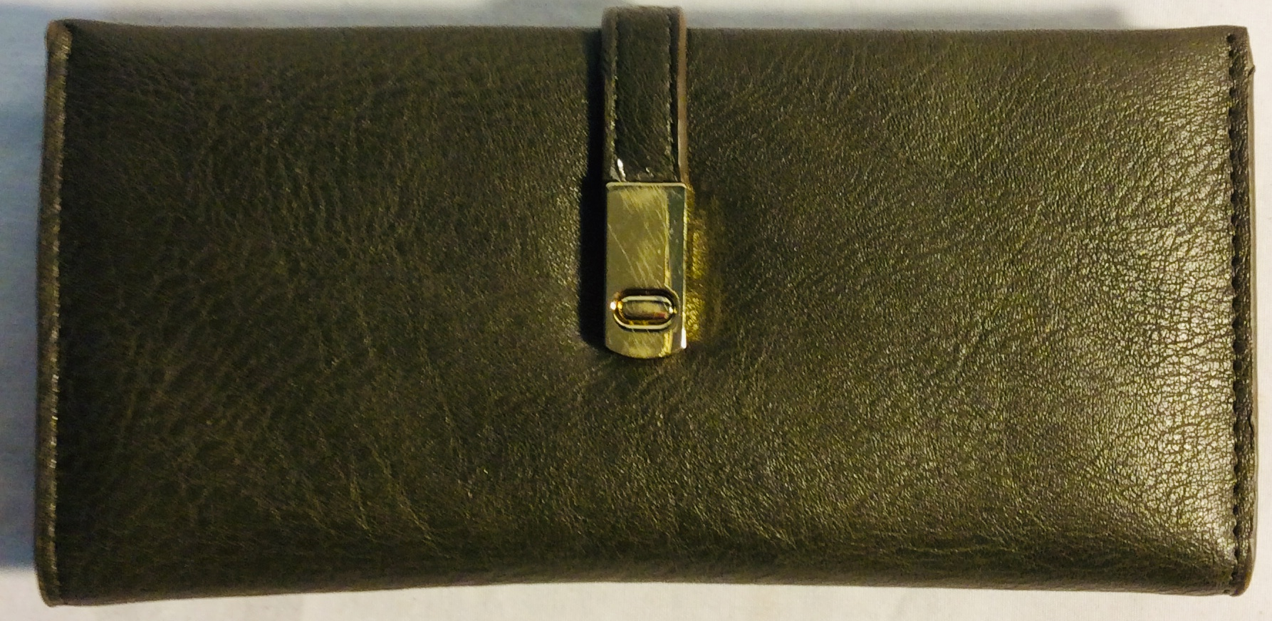 Womens wallet in faux leather greyish green
