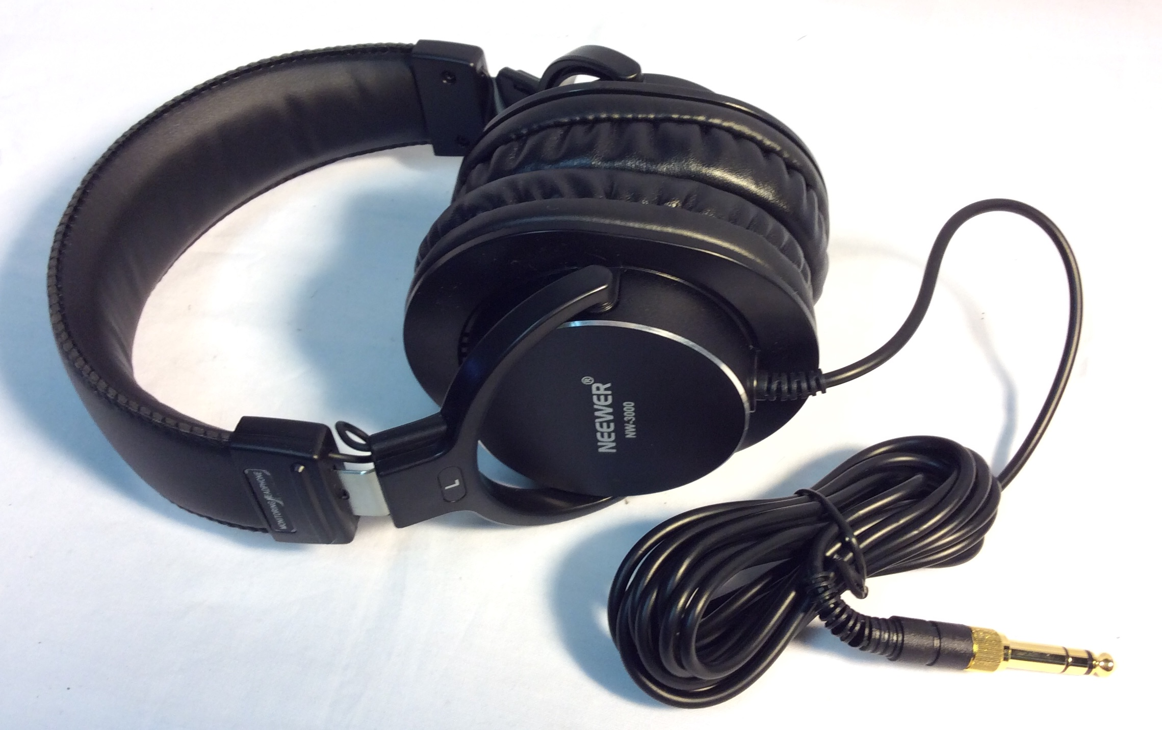 Neewer Studio Monitor Headphones