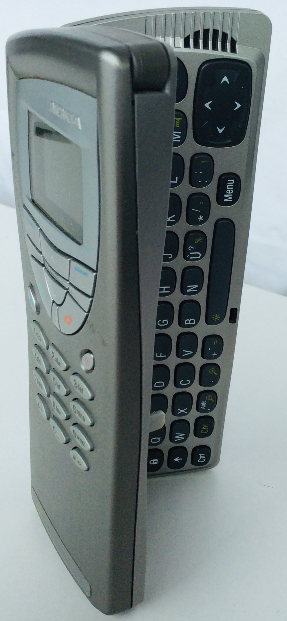 2002 Nokia 9210 Communicator Cell Phone