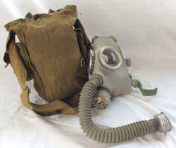 Full gas mask with mouth tube in brown bag. Vintage/military 1940s