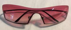 Pink frameless lens