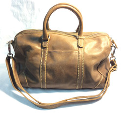 Roots brown leather handbag with shoulder strap x1