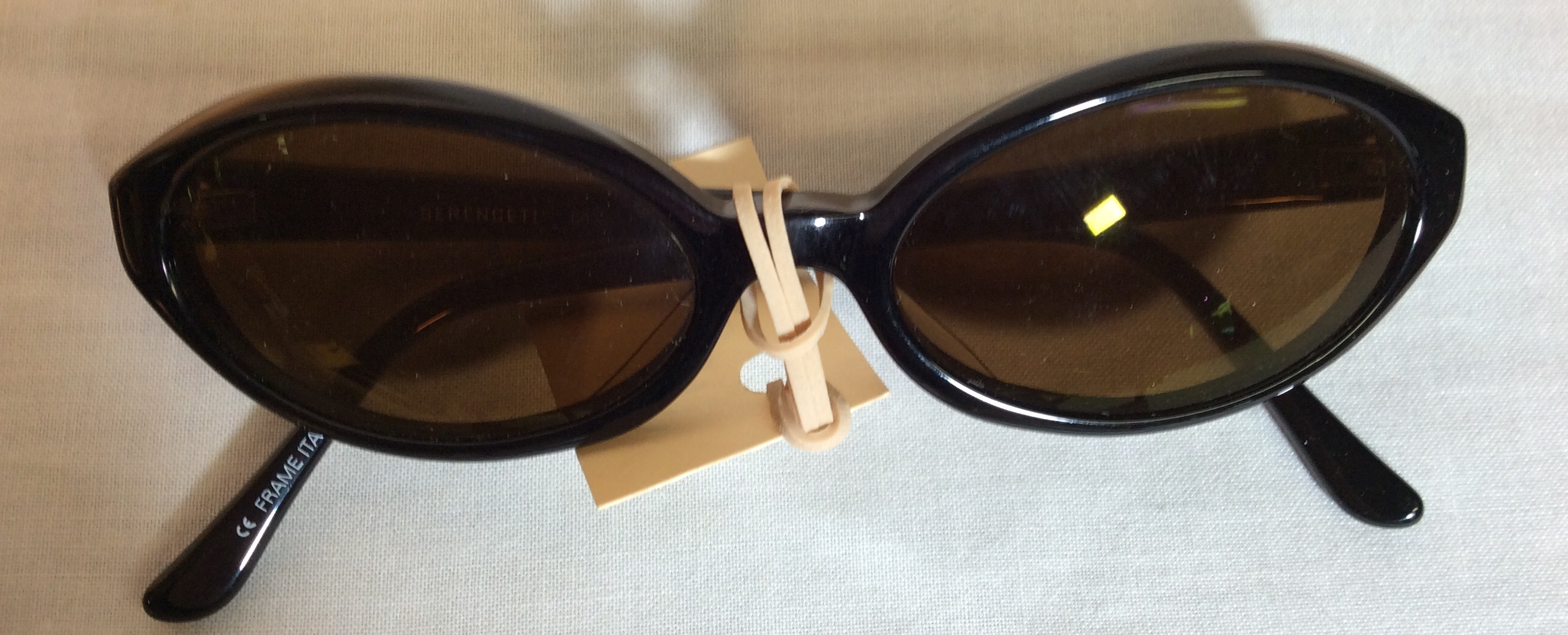 Black Oval Period Sunglasses
