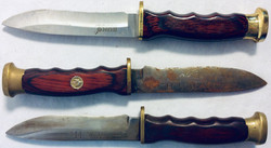 Small hunt knife with wooden handle. x1 rusty