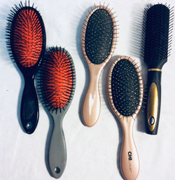 Assorted hair brushes