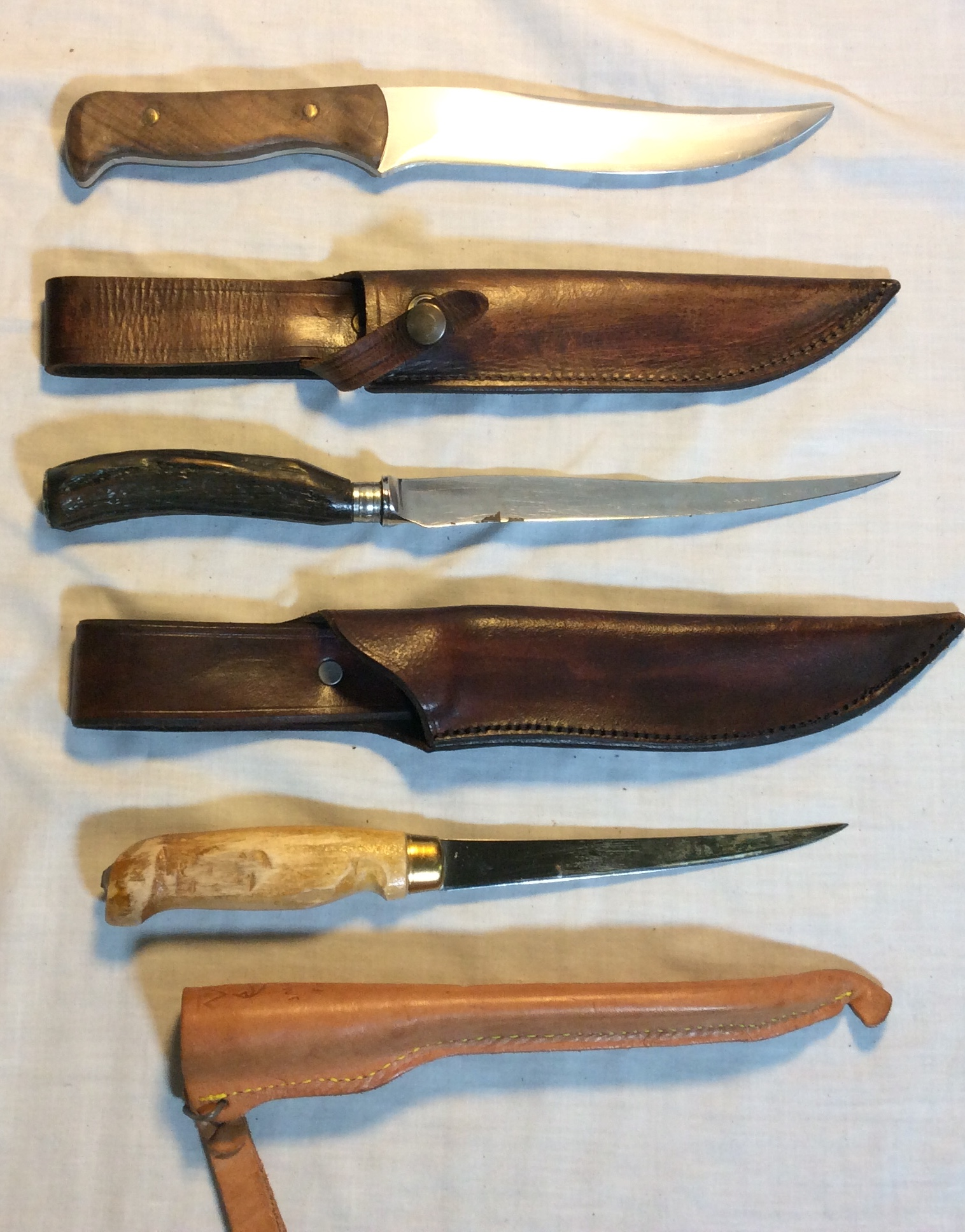 Rustic knives with sheaths