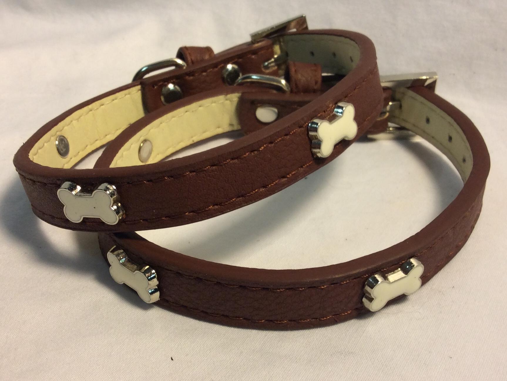 Dog collar brown letter with dog bones metal details