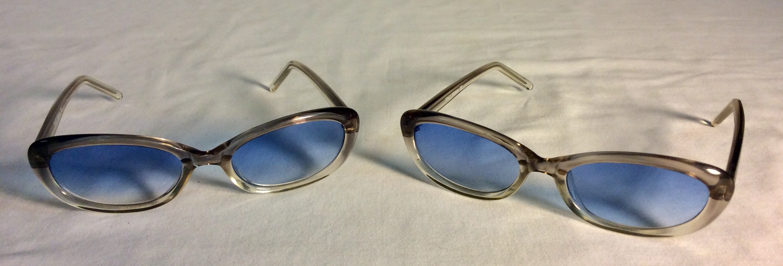 Gradient light blue lens sunglasses