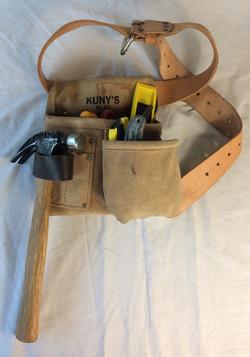 Kuny's brand tool belt.