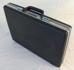 Samsonite slim hard-shell briefcase