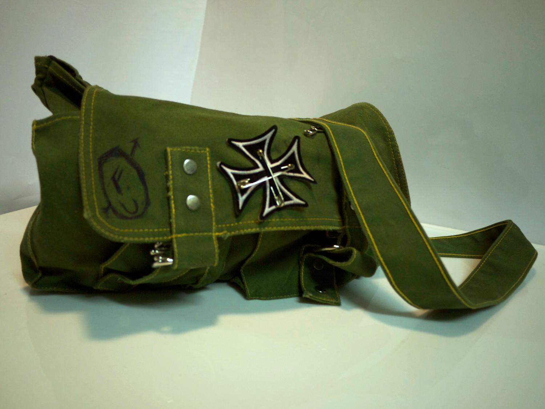 Green 'grunge' cloth bag