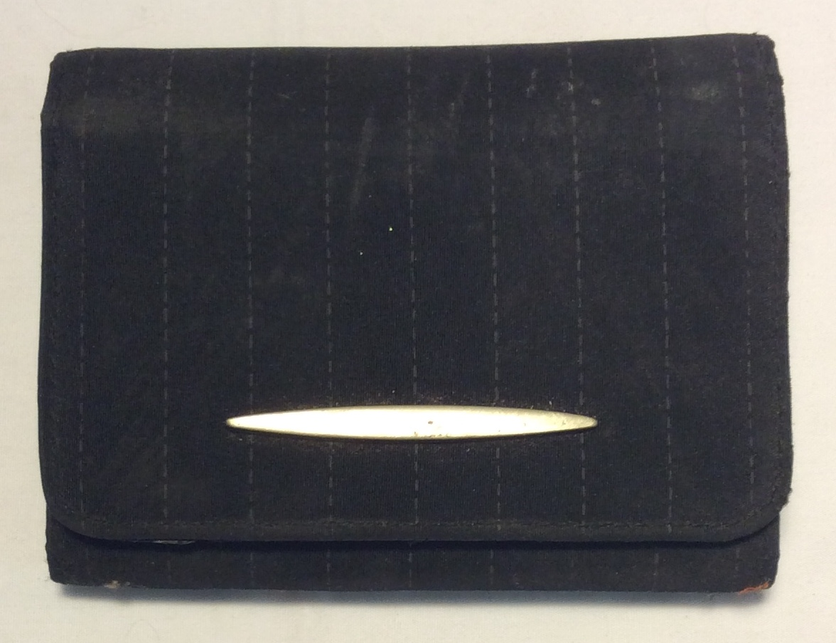 Black fabric wallet with vertical