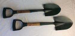 Green garden shovel. Rubbers and Reals