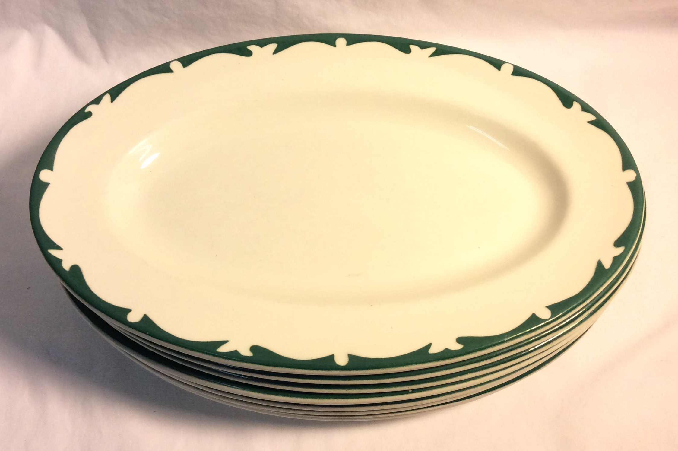 Vintage Diner oval plates, green waves x8