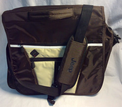 Jeep Brown/tan shoulder bag