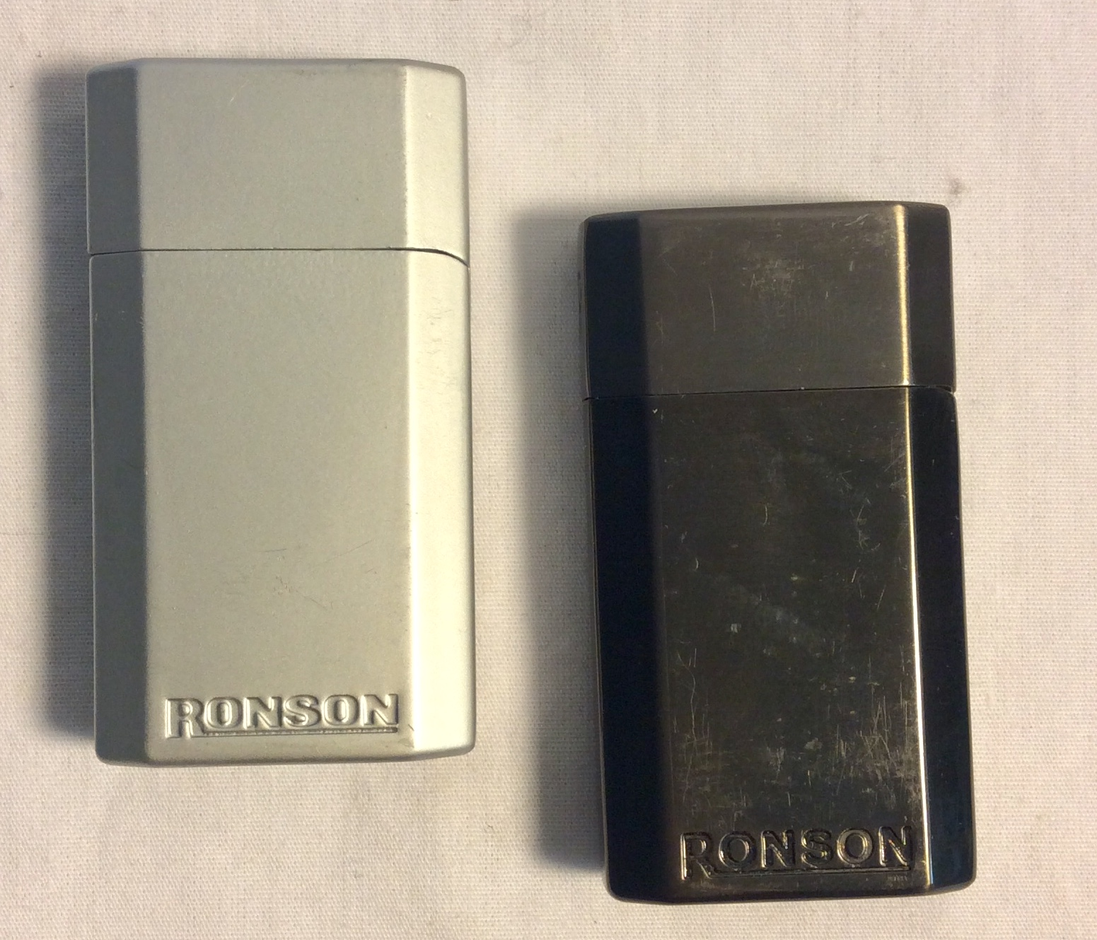 3 RONSON jet lighters ,1 matt silver