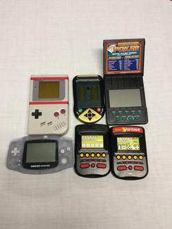 Handheld video games consoles