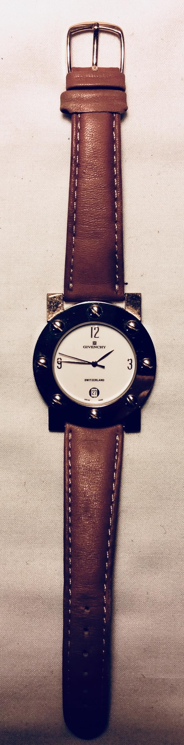 Circular watch