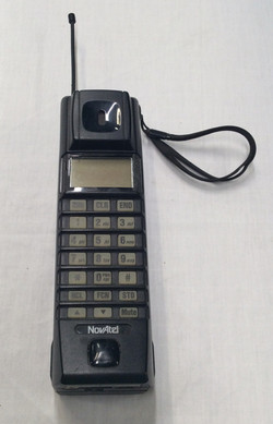 NovAtel cellular telephone