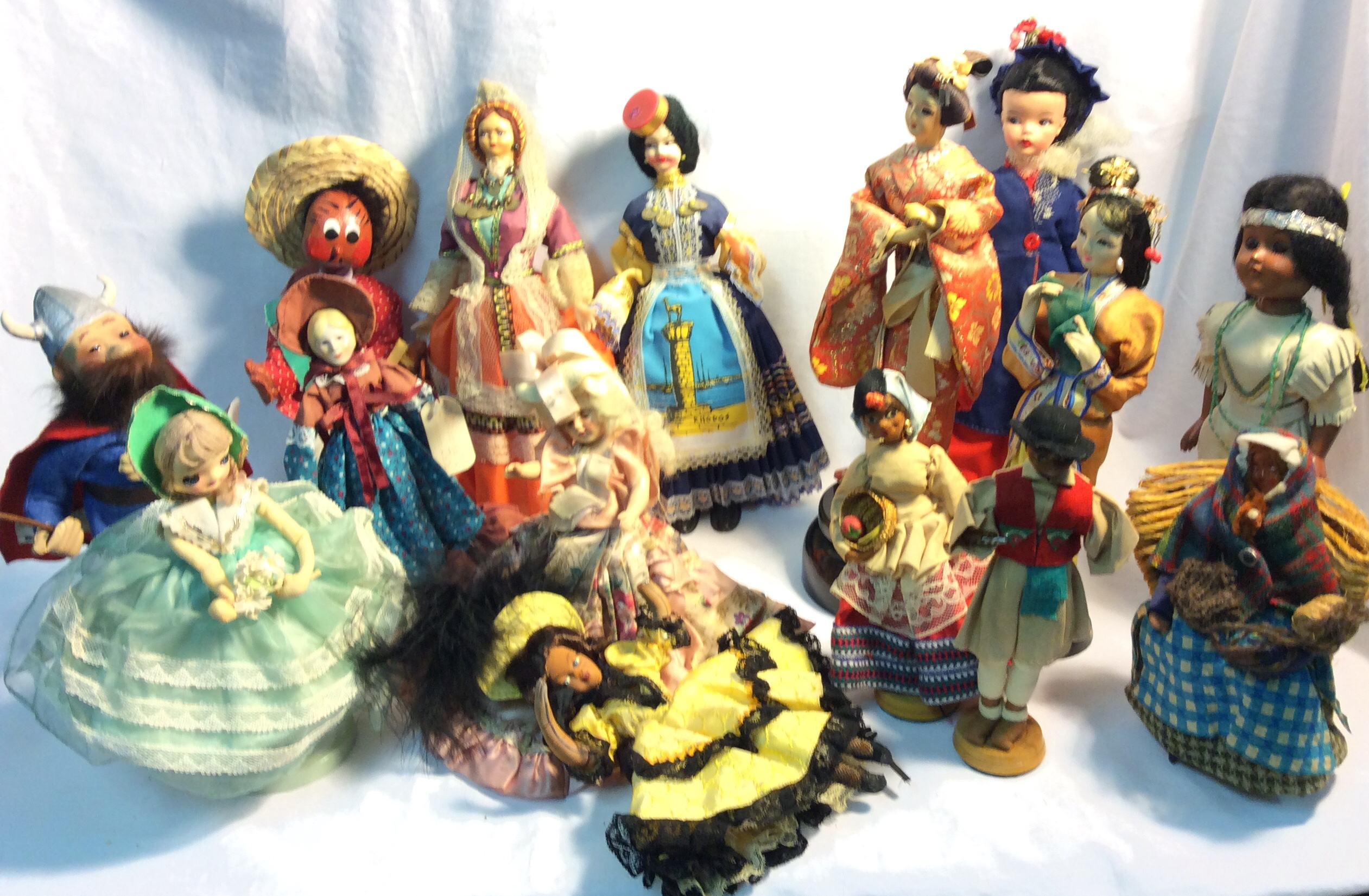 "Dolls from around the world - larger (8-12"") - x15"