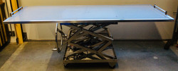 Autopsy Table with led under lighting and height-adjusting crank wheel