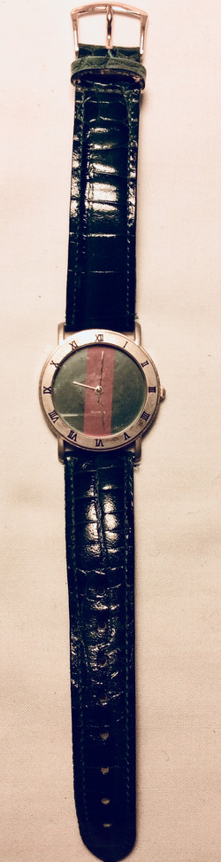 Red/Green face watch