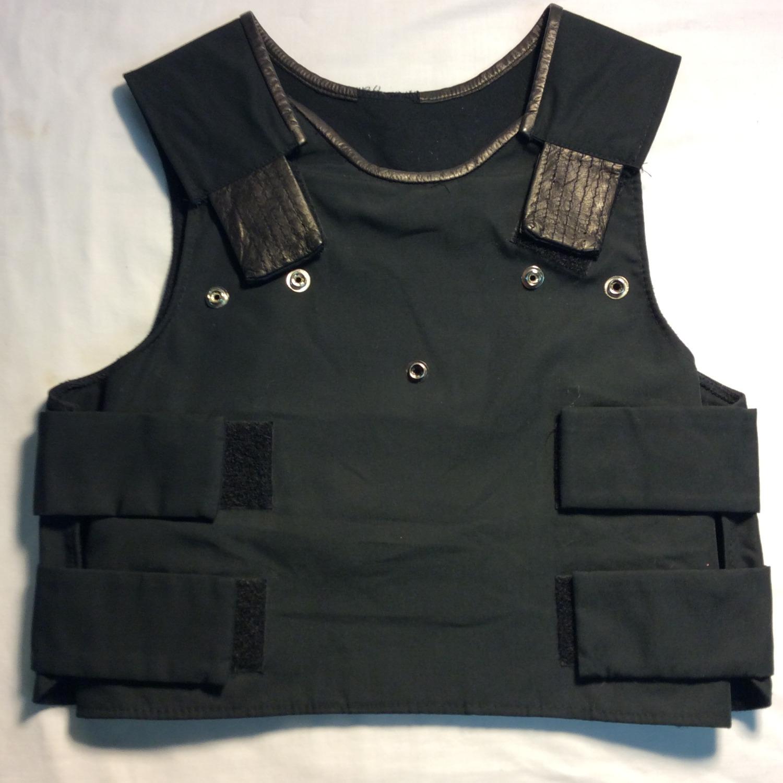 Dark blue vest w/ snaps