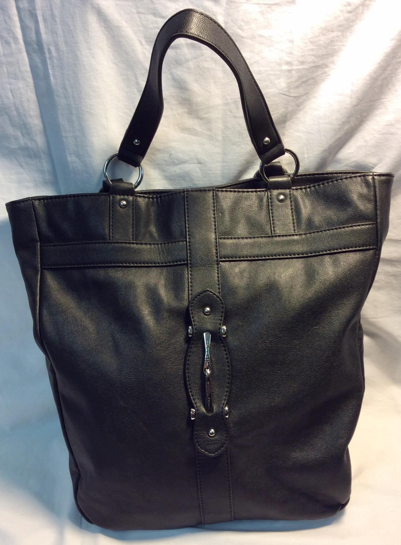 Tommy Hilfiger Black leather tote