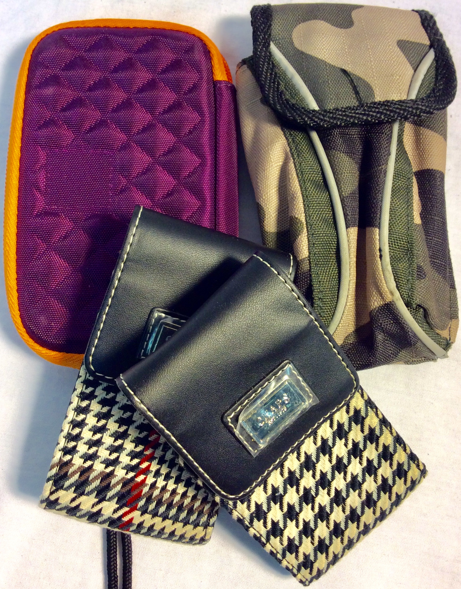 Assorted cellphone pouches