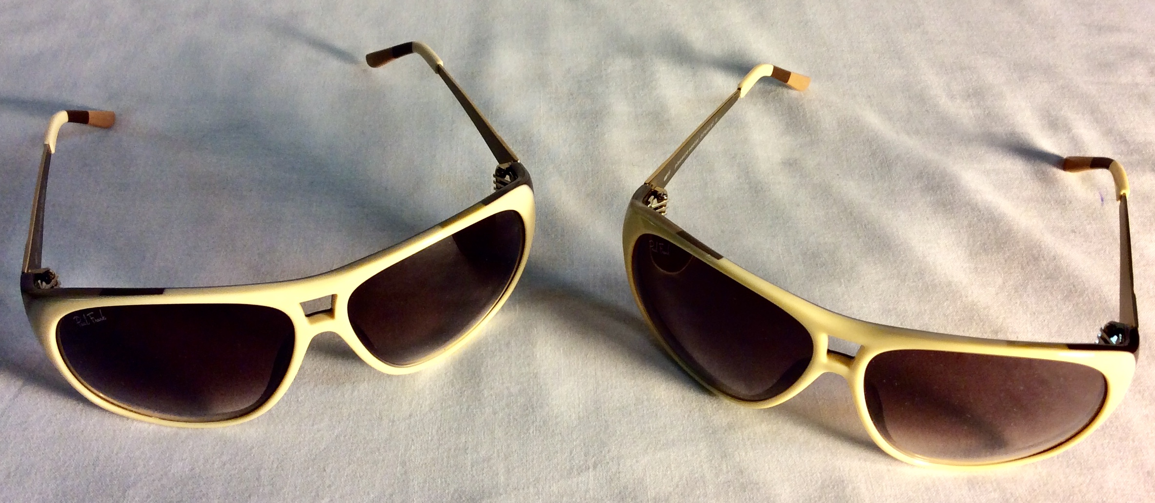 Beige plastic/metal sunglasses