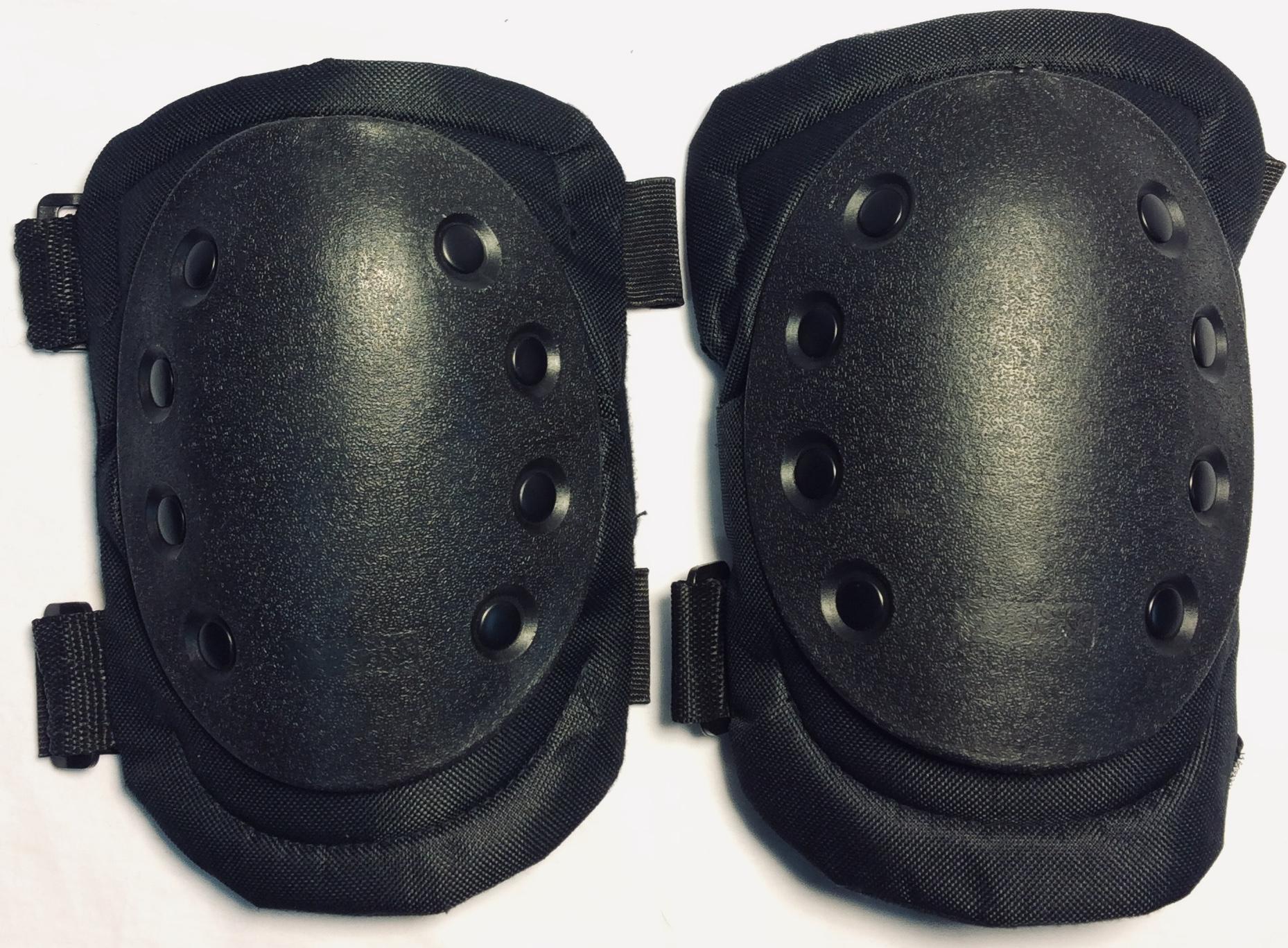 Black tactical kneepads