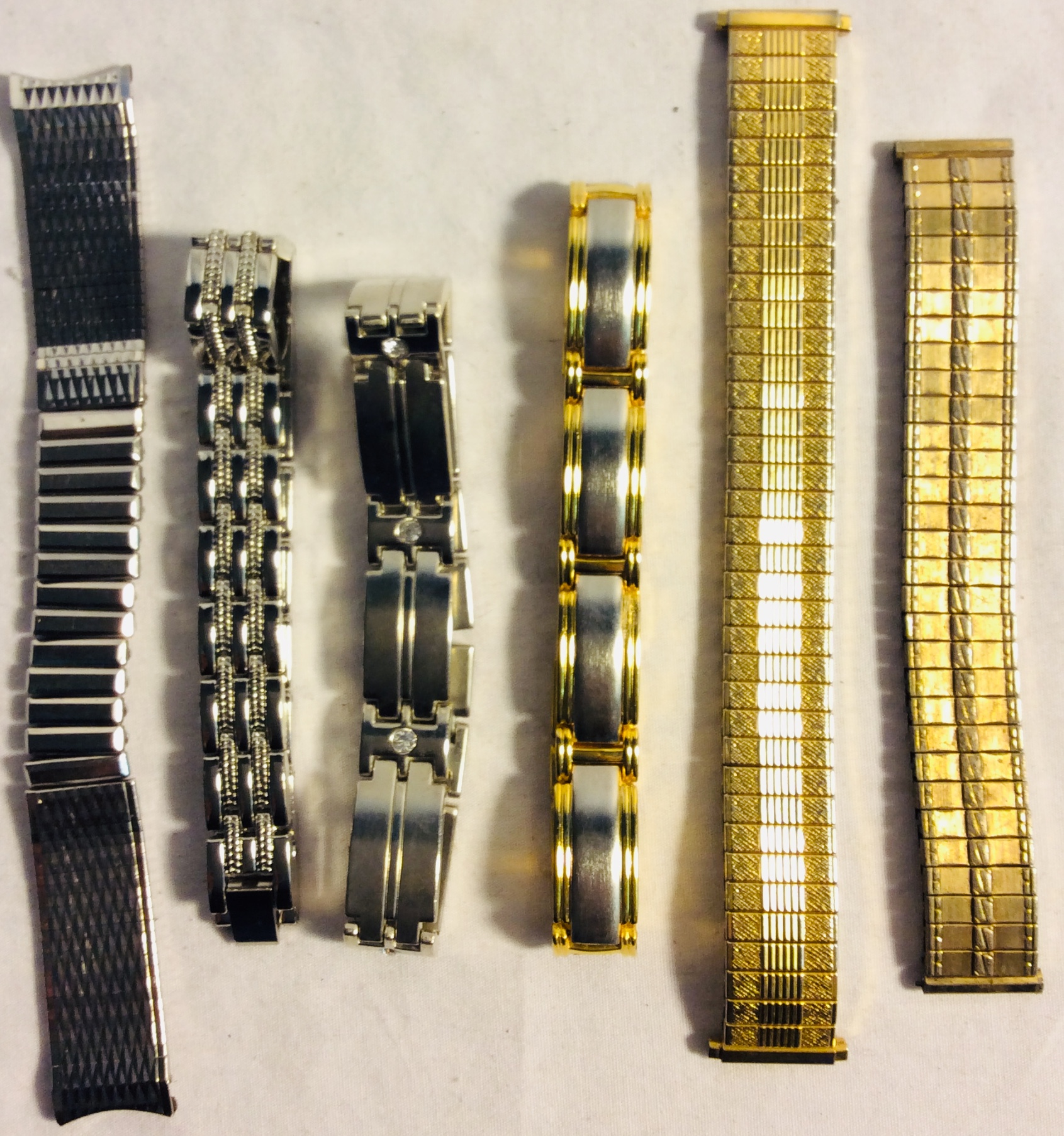Assorted metal watch wristbands