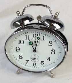 Retro oval analogue alarm clock, silver