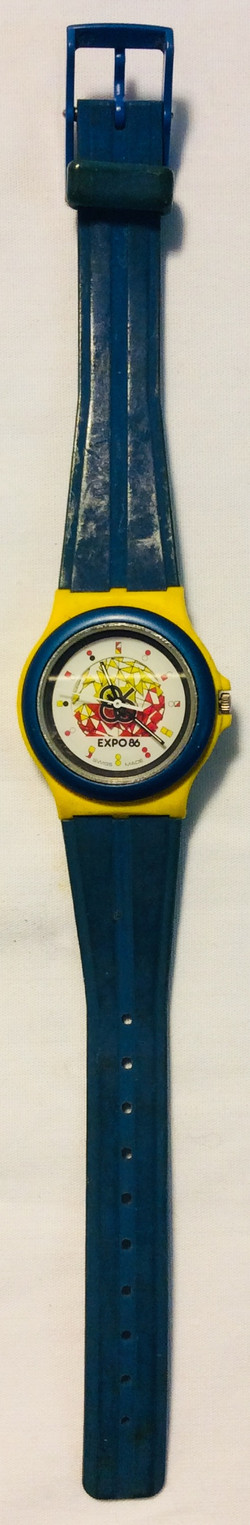 Expo 86 face, blue & yellow casing