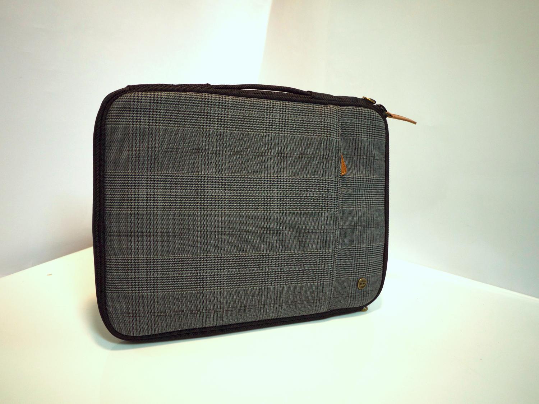 Grey/Black laptop case