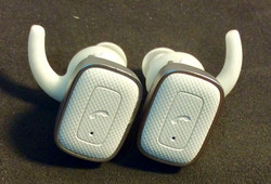 Miniso Small white and silver wireless headphones