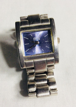 Aviva silver watch