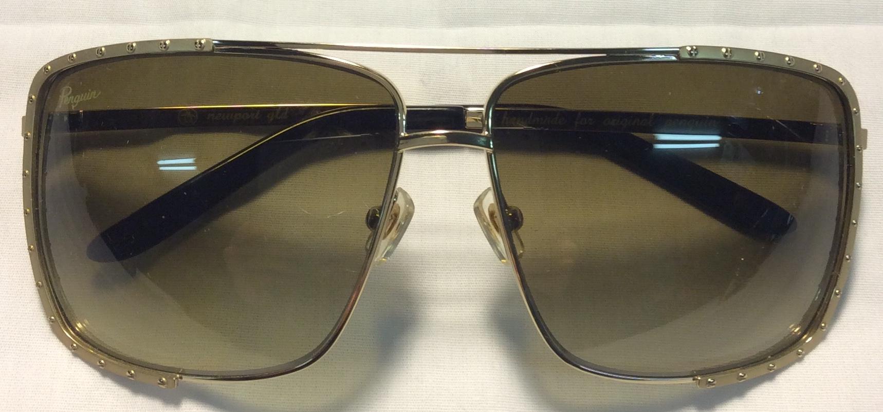 Newport gld - Penguin Gold frames