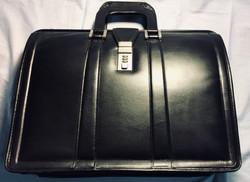 Mckiein Black leather brief case
