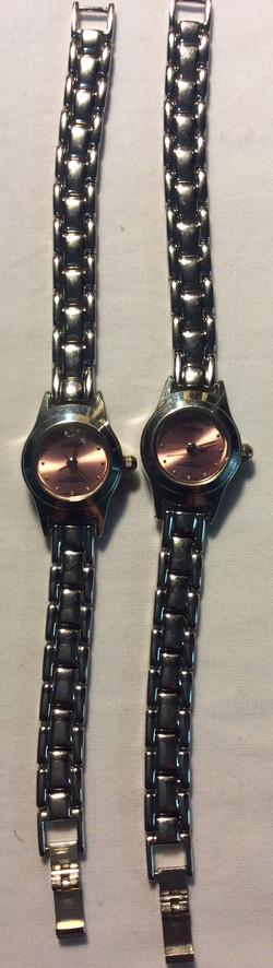 Outline watch - pink round face