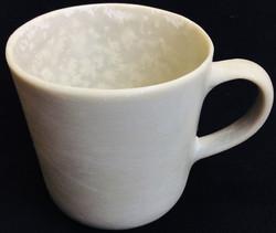 Breakaway plastic tea cups (off white)