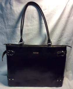 KGB Comp. Buffed black leather purse