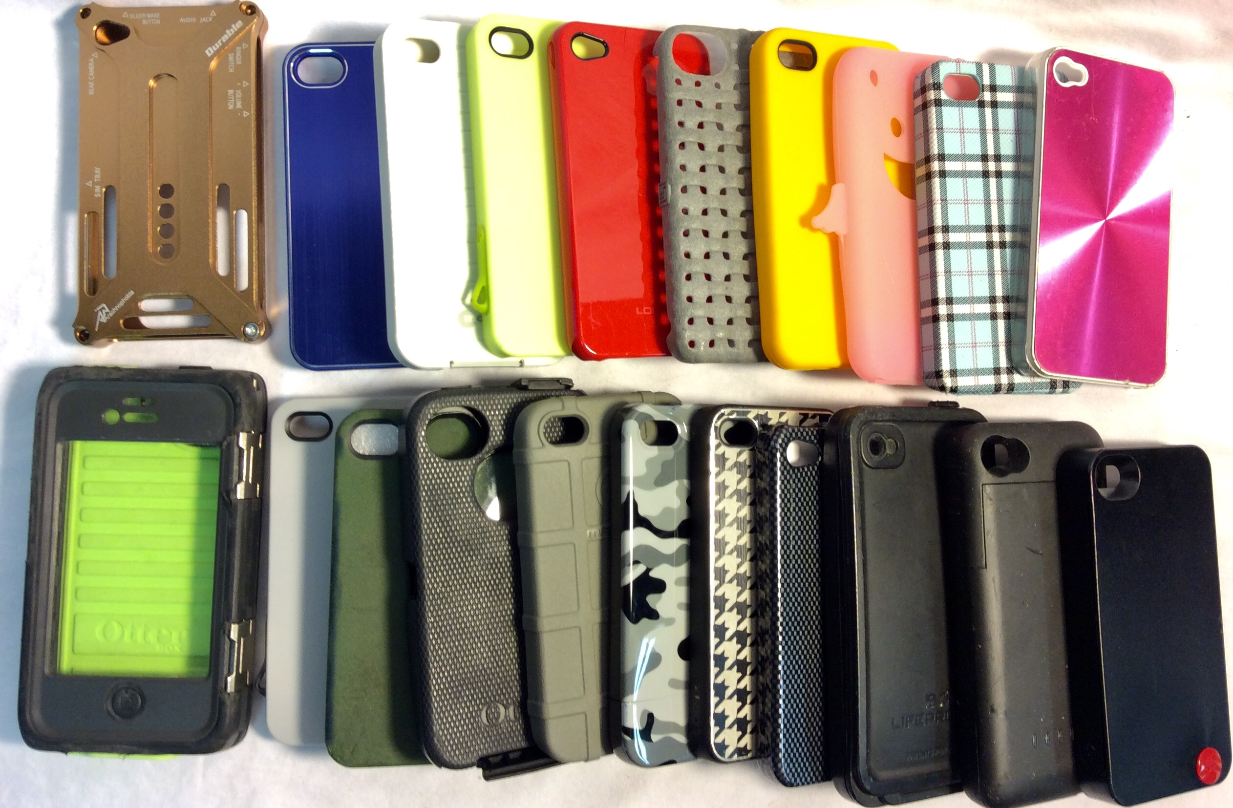 Assorted iPhone 4 cases