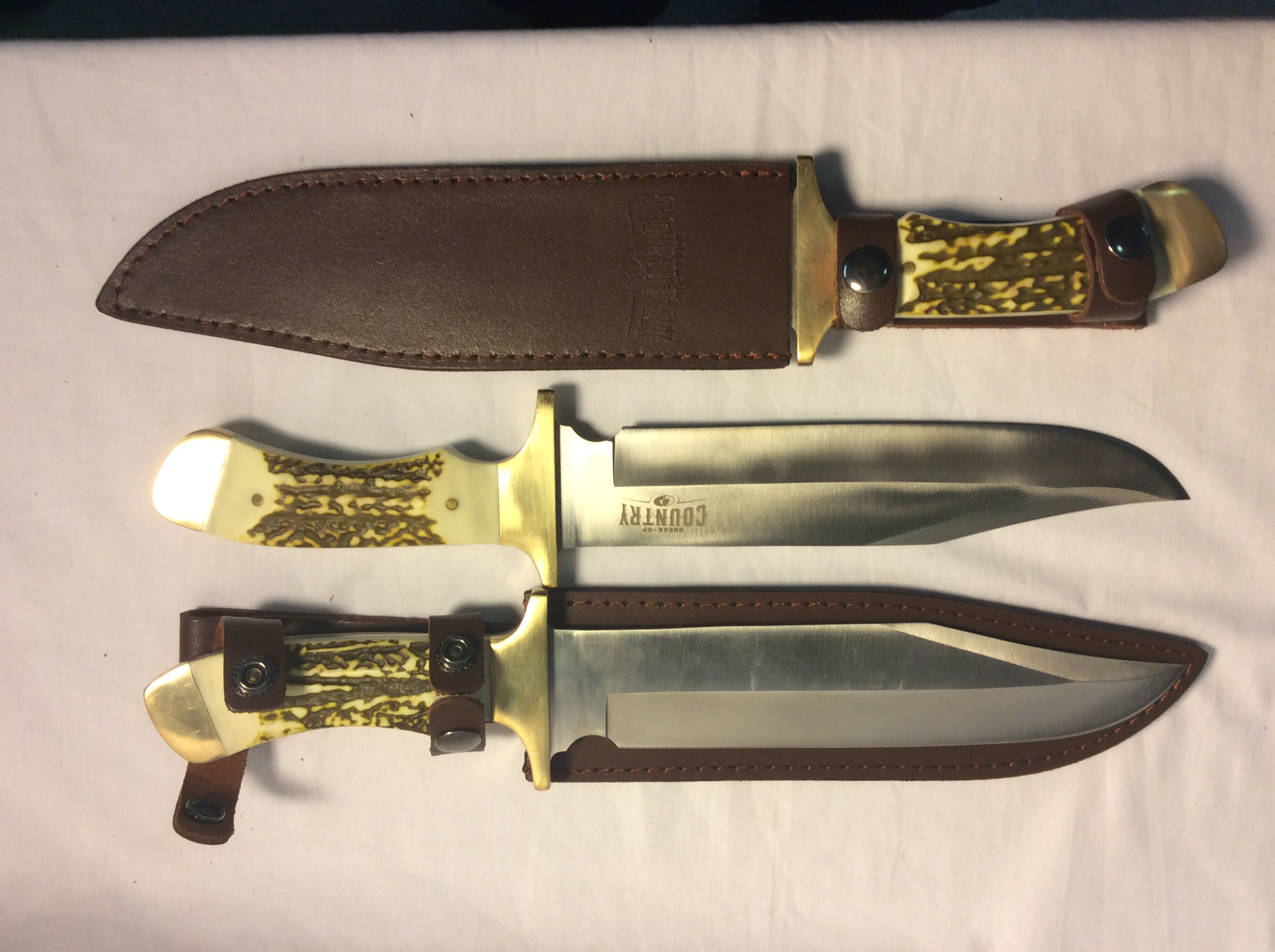 Bowie Knife; with brass guard