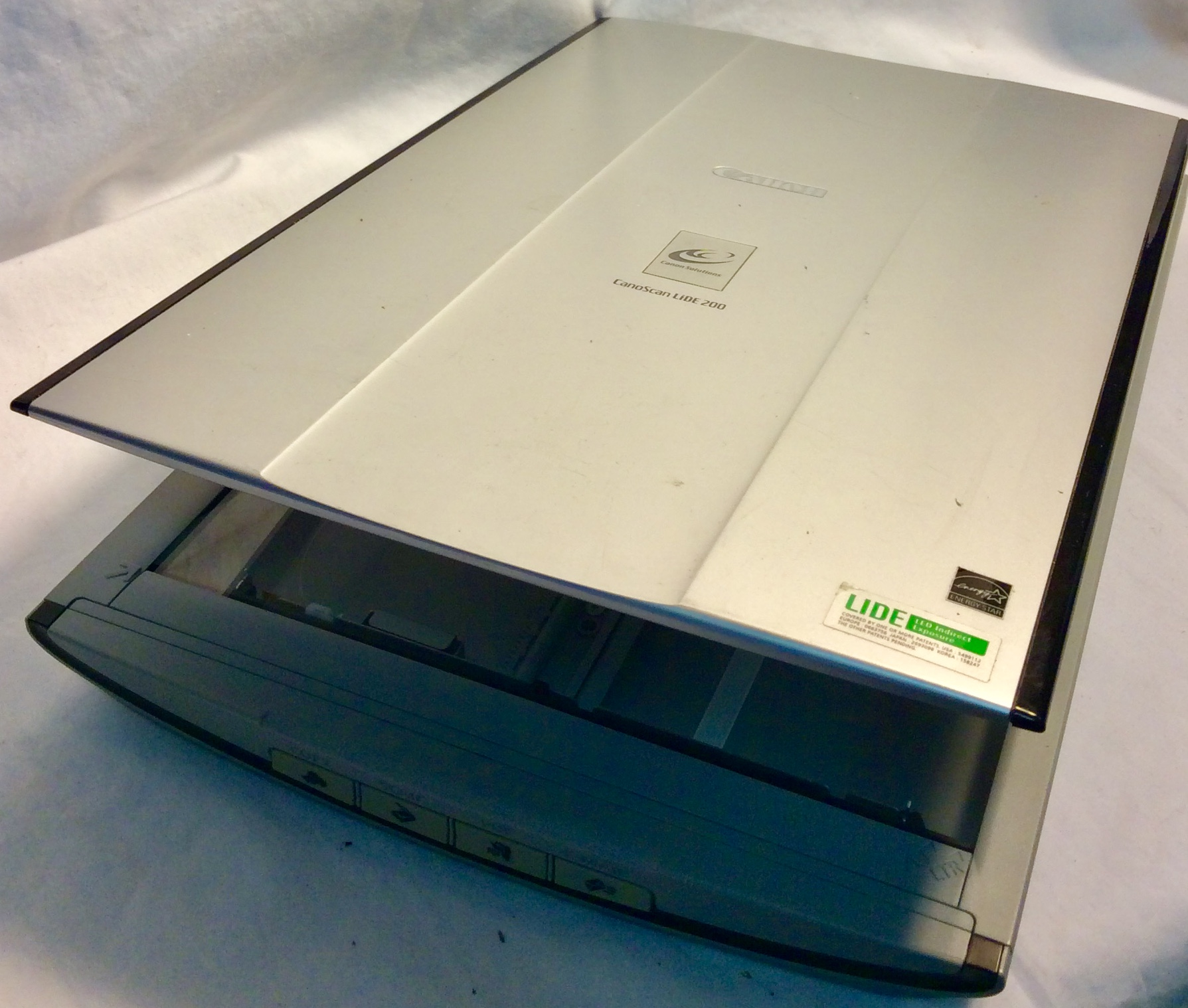 Canon Silver scanner CanoScan Lide 200